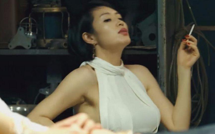 【熊猫】3分钟看完韩国收买黑帮《老千》韩国电影电影一个年轻人被犯罪图片