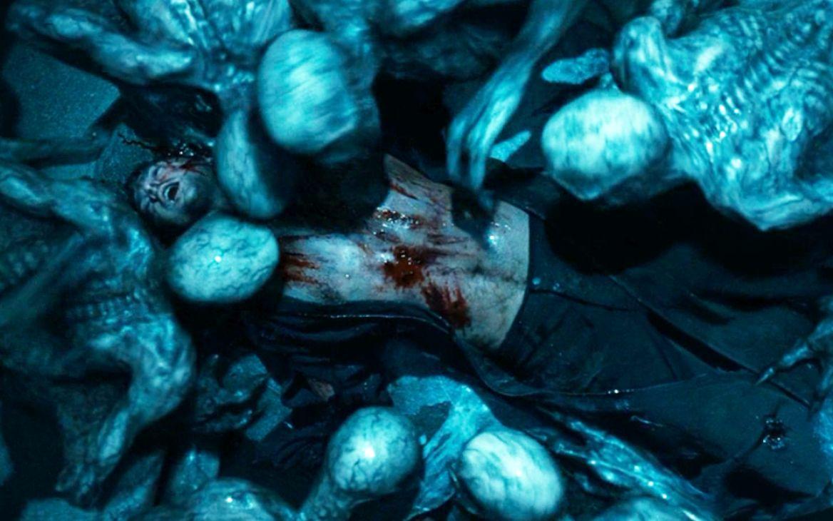 男子被吸血鬼俘虏后,竟被吸血鬼女王看上,血液交流后彻底变异