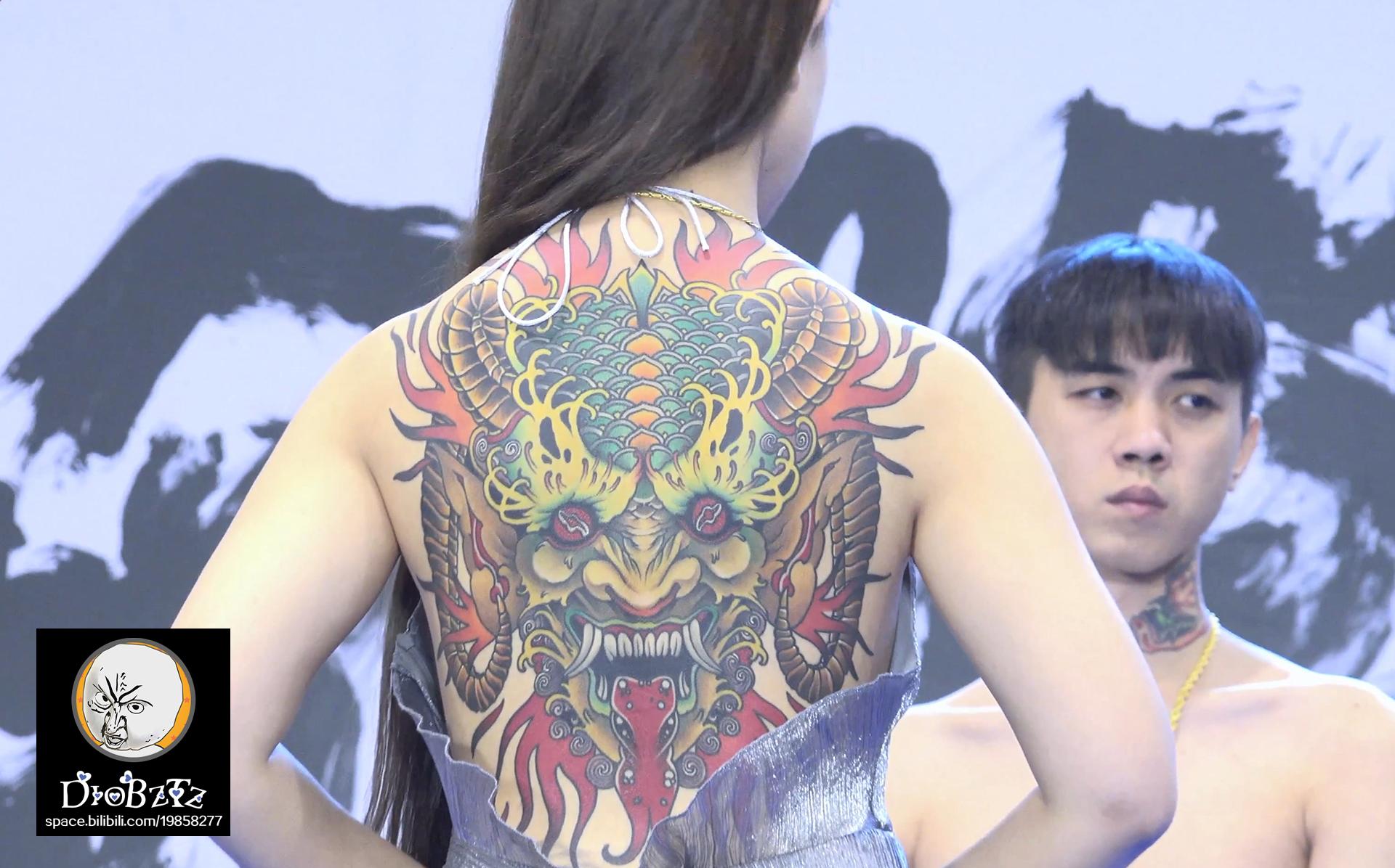 up变身纹身师带你去看纹身展(欧美背部彩色大图)