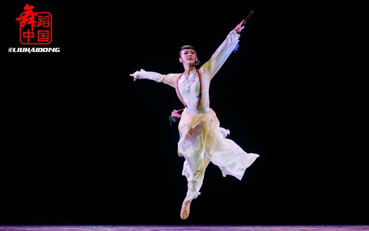 古典舞《忆故人》图片