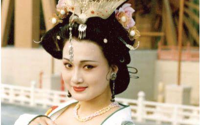 【完结篇】v古装影视剧里各个古装的杨贵妃版本电视剧有个田字图片