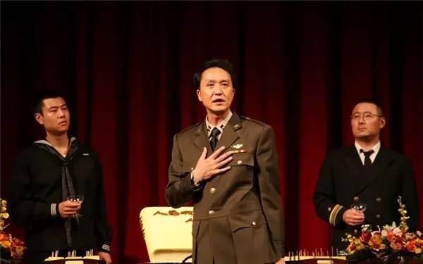 人艺话剧-哗变 (88版)