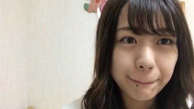 篠崎 彩奈(AKB48 チームK) (2017年12月20日13時38分34秒) SHOWROOM