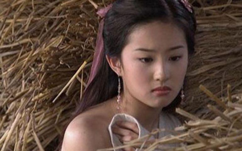 女神【刘亦菲】抖音上播放破10万的可爱合集!你喜欢她吗?