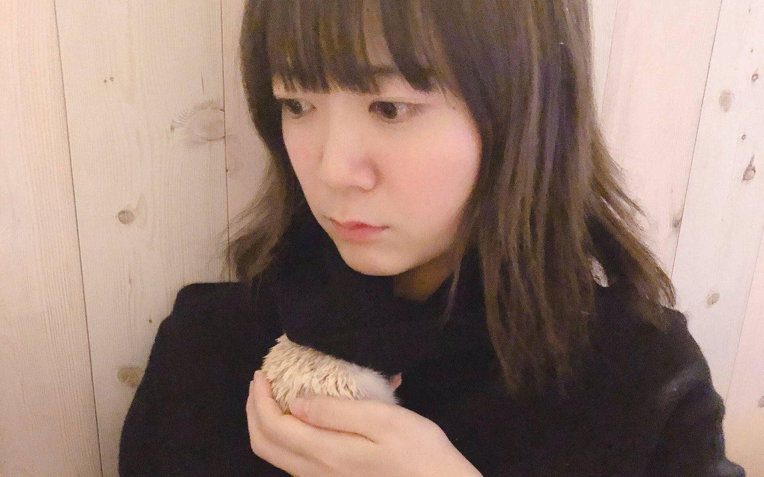 胸 伊藤彩沙