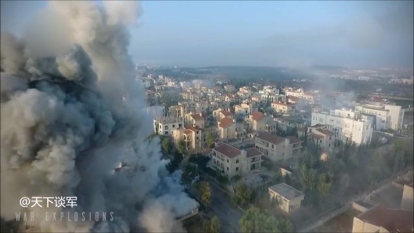 玩无人机的小哥偶然拍到了来袭的火箭弹,战争把一切美好变成废墟