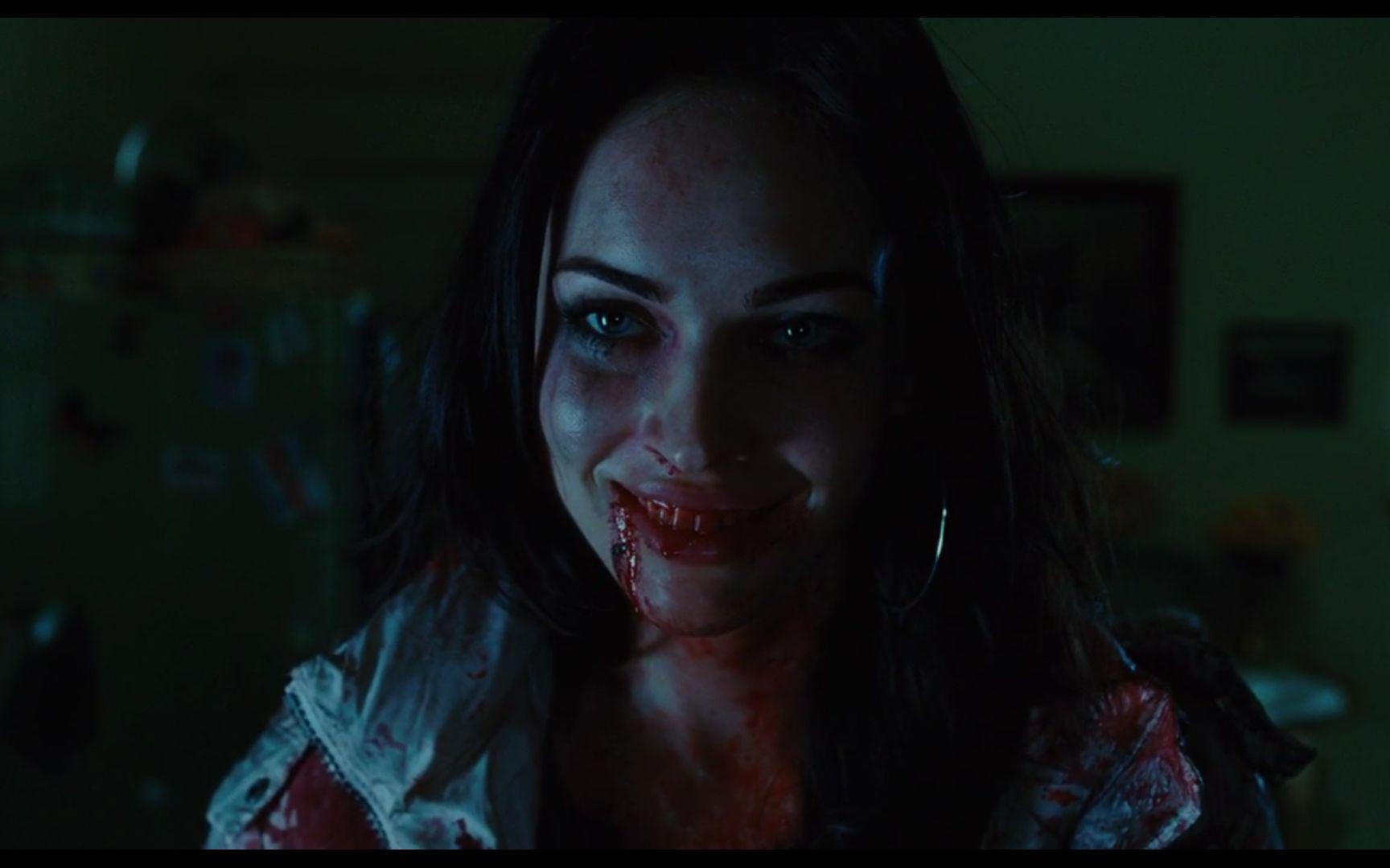 梅根福克斯离开《变形金刚》后,居然化身吃人恶魔