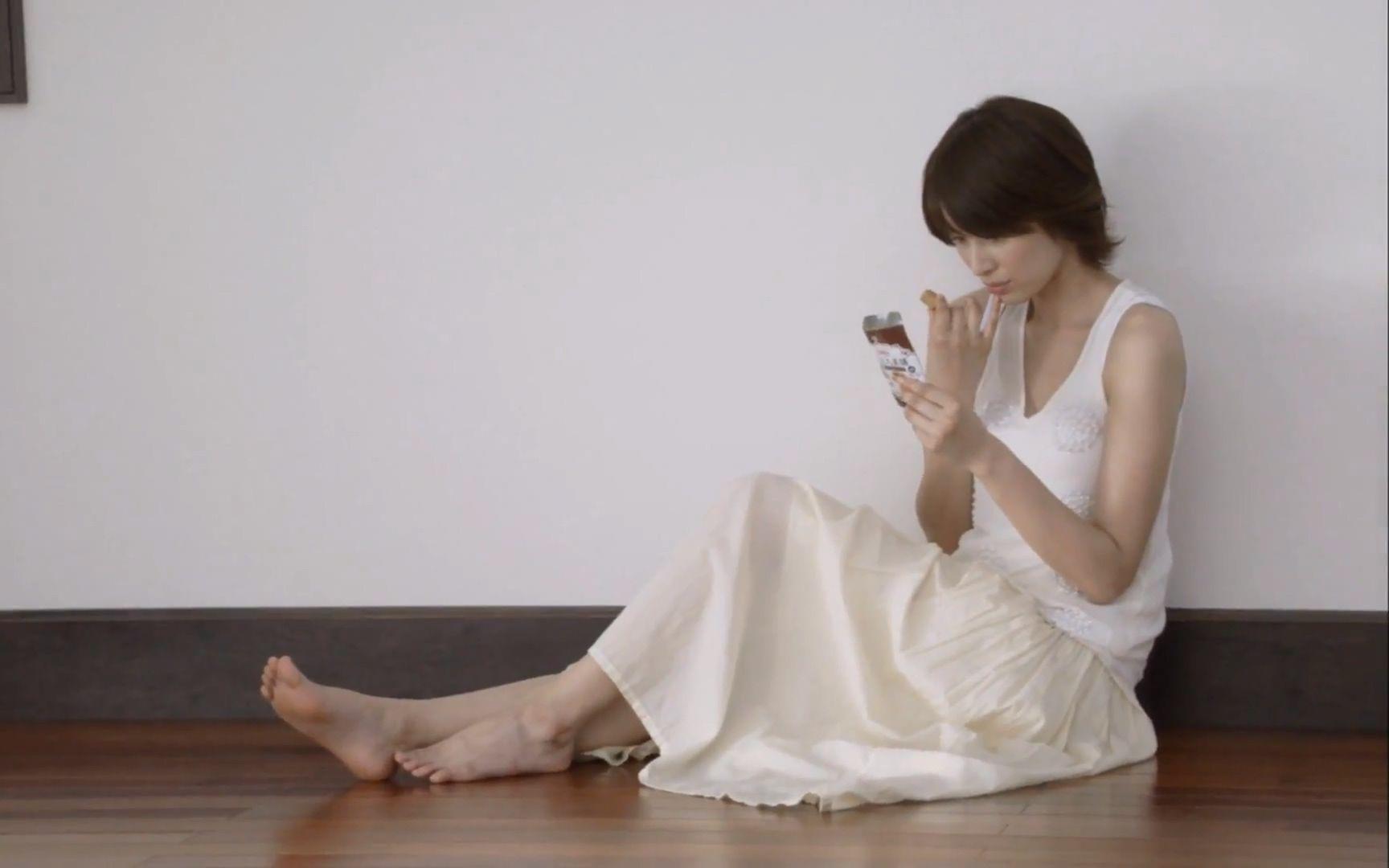 ed2k-板口美蕙乃_【2011】吉濑美智子 卡乐比一口美膳cm