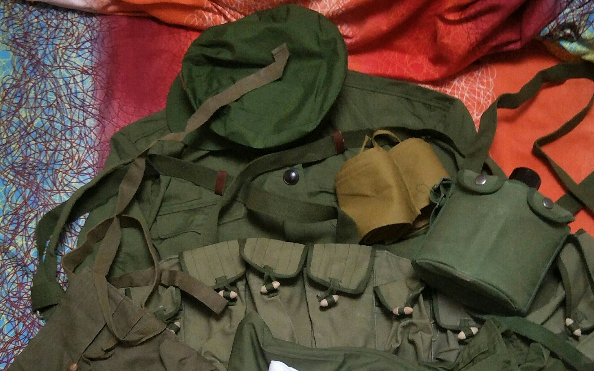 解放军对越边界自卫反击战装备开箱