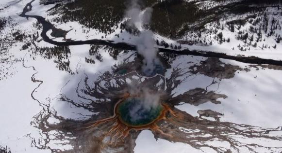 野生生物,走出寒冷,进入火焰,黄石超级火山