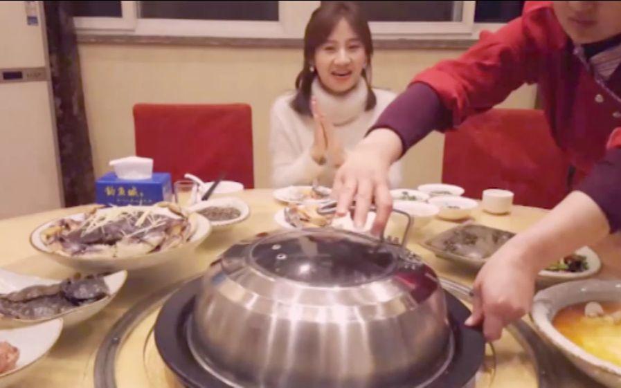 大胃王密子君(蒸汽海鲜)汇聚新鲜刺激美味的一桌,感谢老板的热心款待,吃播吃货美食!