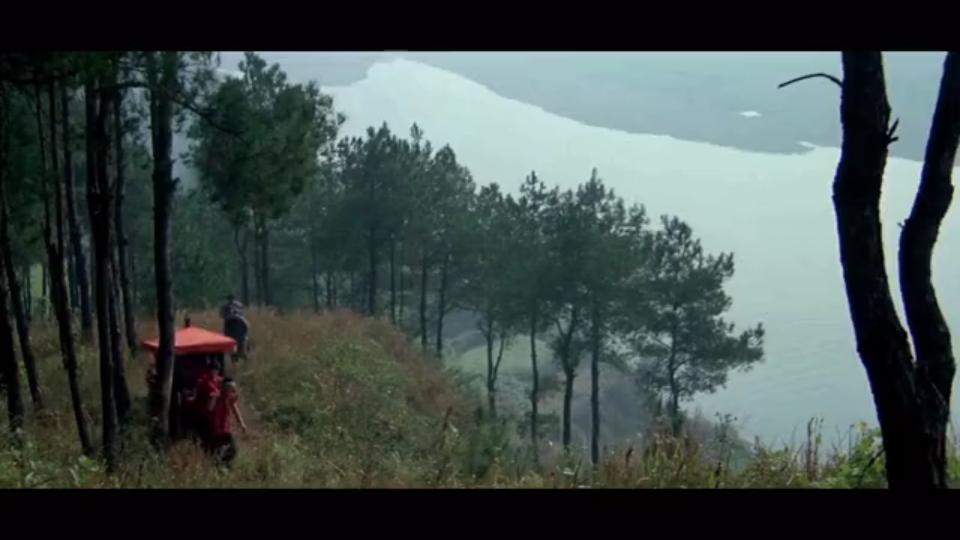 山村穷人家姑娘出嫁,丈夫是个还在吃奶的娃娃,结局戳人心的电影