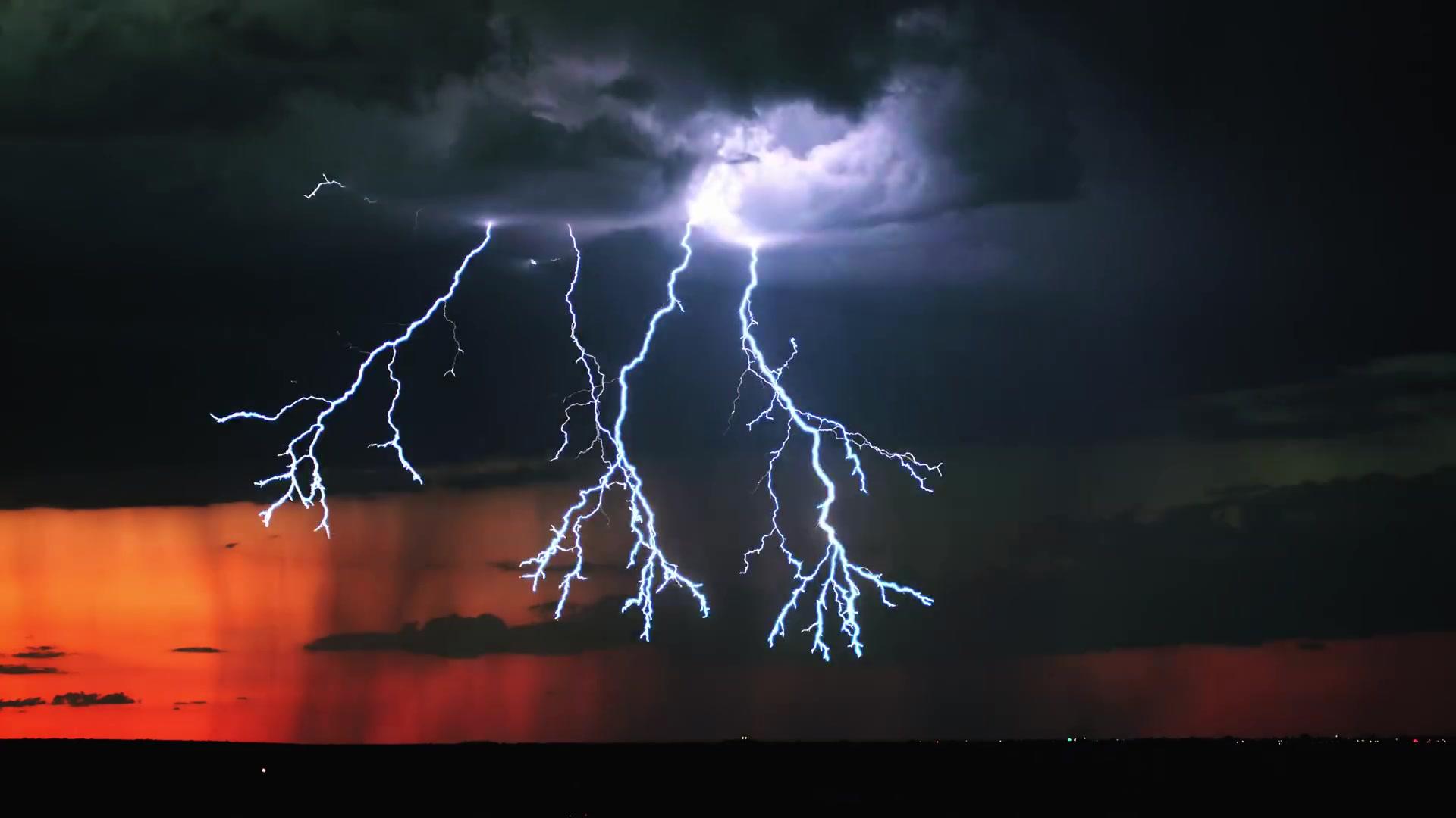 你见过每秒1000帧下的闪电吗?太酷了!!!