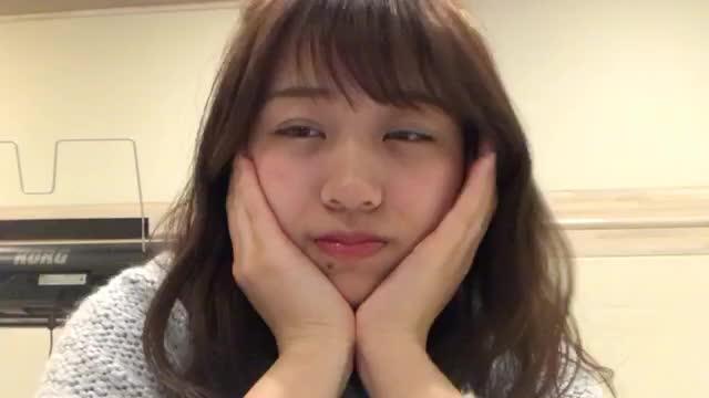 篠崎 彩奈(AKB48 チームK) (2018年01月06日22時29分38秒) SHOWROOM