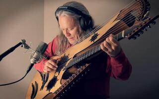 大师Keith Medley27弦吉他演奏 培尔金特组曲 山魔王的宫殿