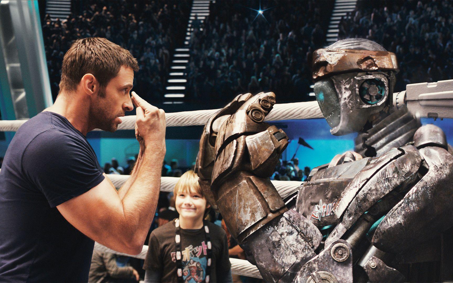 男孩捡到废弃机器人,每天教它练拳击,没想最后逆袭成为擂台霸主