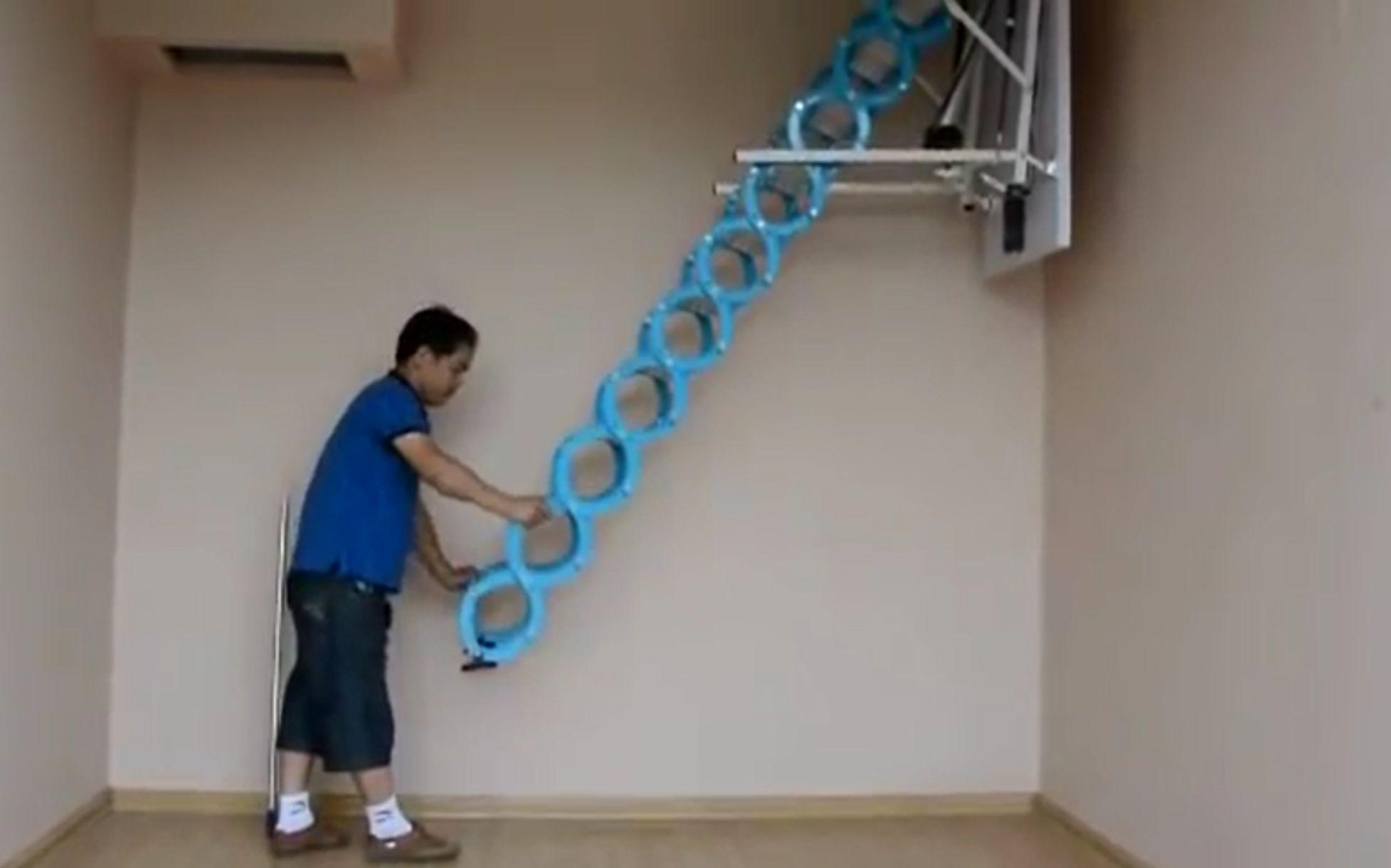 中国牛人发明伸缩楼梯实用性,秒超德国家具!