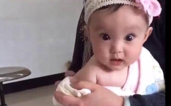 【大额宝】大眼宝宝打针,卧槽,那小眼神简直萌