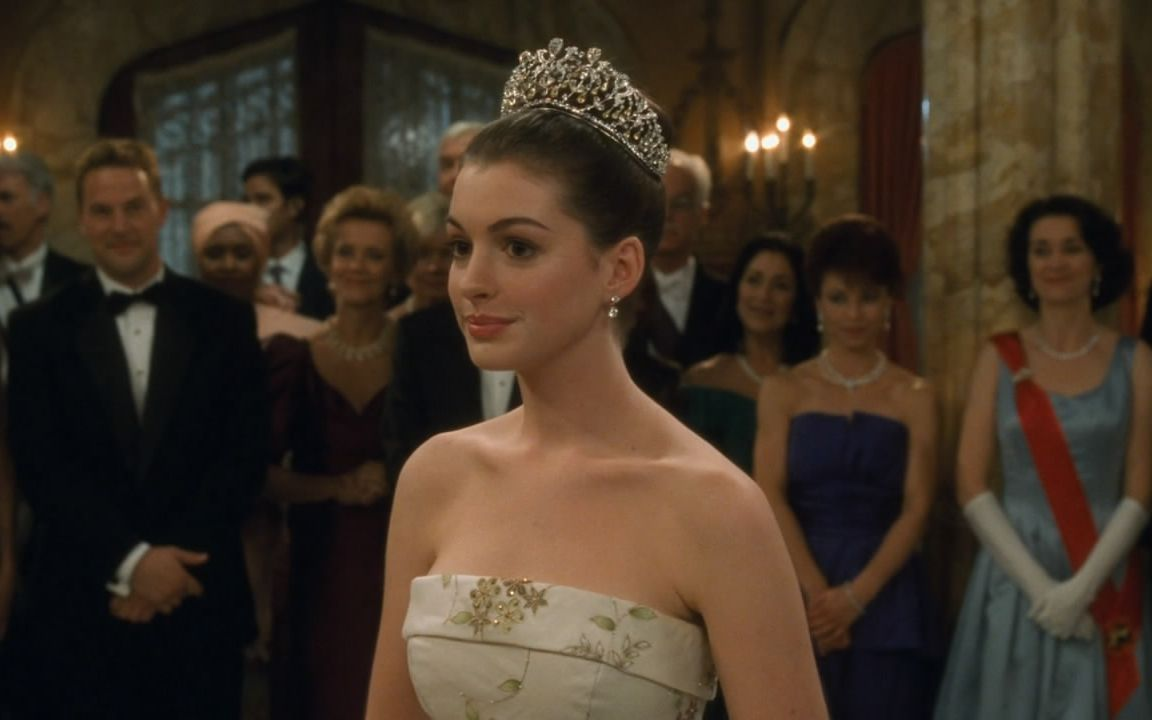 丑女一夜之间变成公主,被改造后像整容了一遍,美的不要不要的