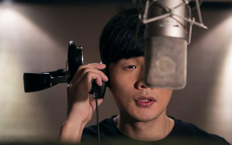 李荣浩花两分钟写的这首歌,比《生僻字》还难唱,会唱的是大神!