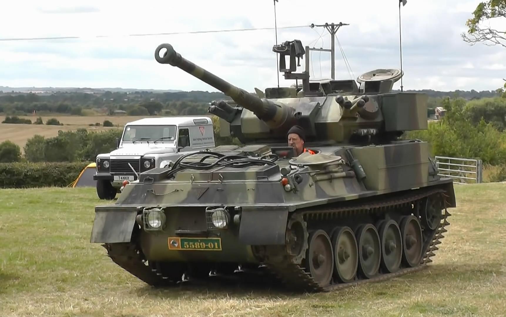 22fvvom_【fv101 cvrt scorpion】英国蝎式轻型侦察坦克