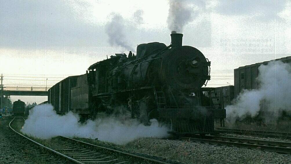 海南岛解放型蒸汽机车   海南岛解放型蒸汽机车   海南岛解放型蒸汽机车   海南岛解放型蒸汽机车   国产解放型蒸汽机车视频   机车改进   1959年ㄇㄎ型机车改称为解放型,现用代号jf.图片