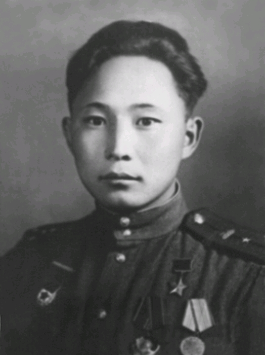 布里亚特苏联英雄7 Михаилмархаеев7