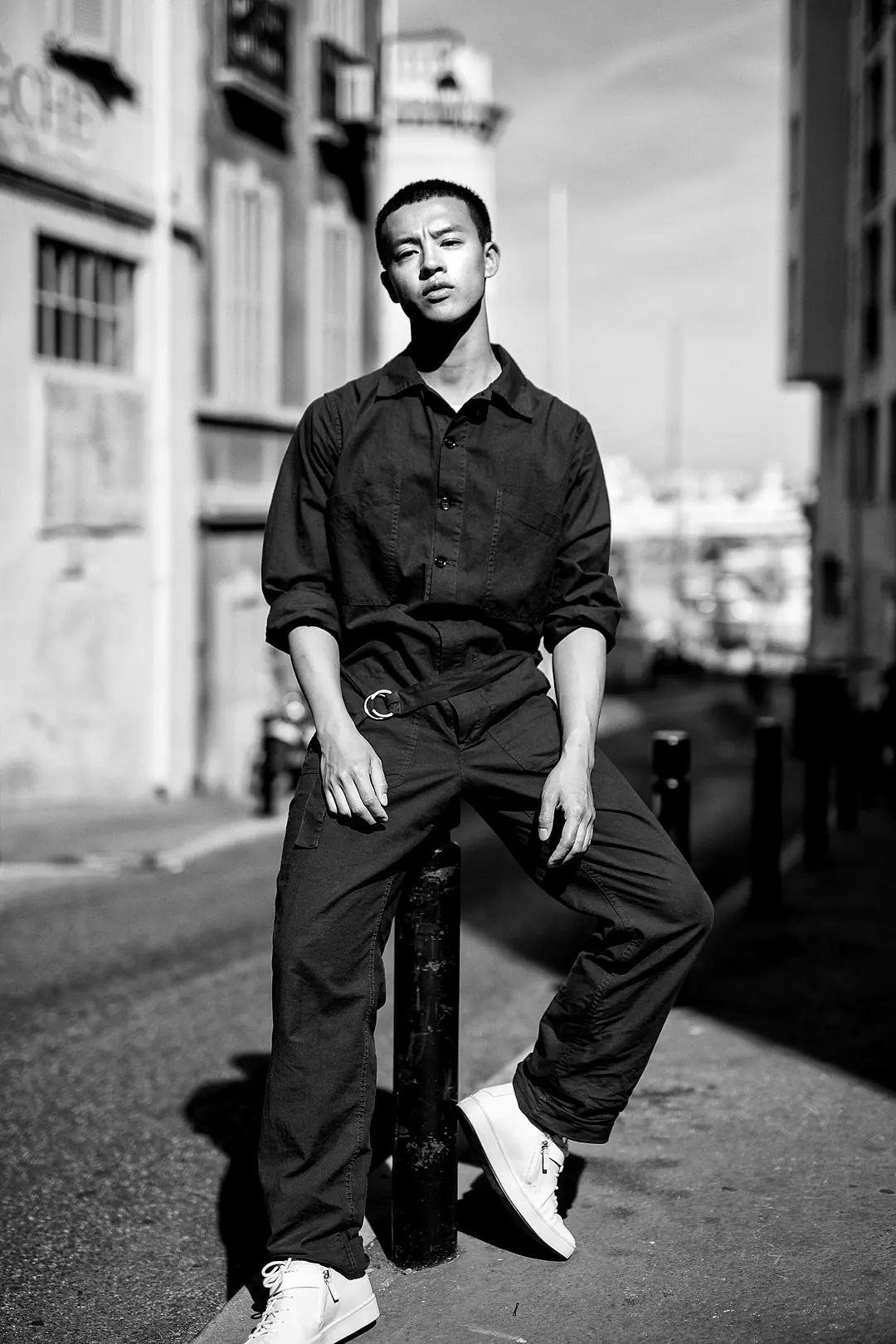 尹昉| 三十二岁,致少年的你图片