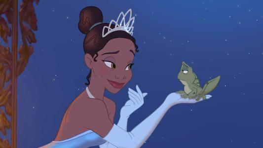格林兄弟《青蛙王子》中的青蛙是被诅咒的王子,被公主亲吻后,恢复