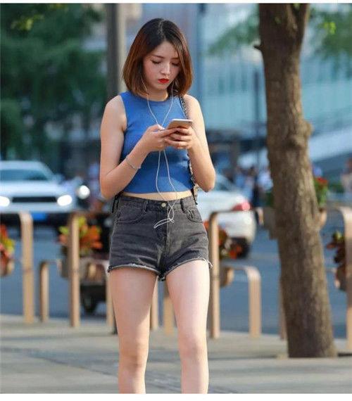 日韩紧身短裤美女 超短裙