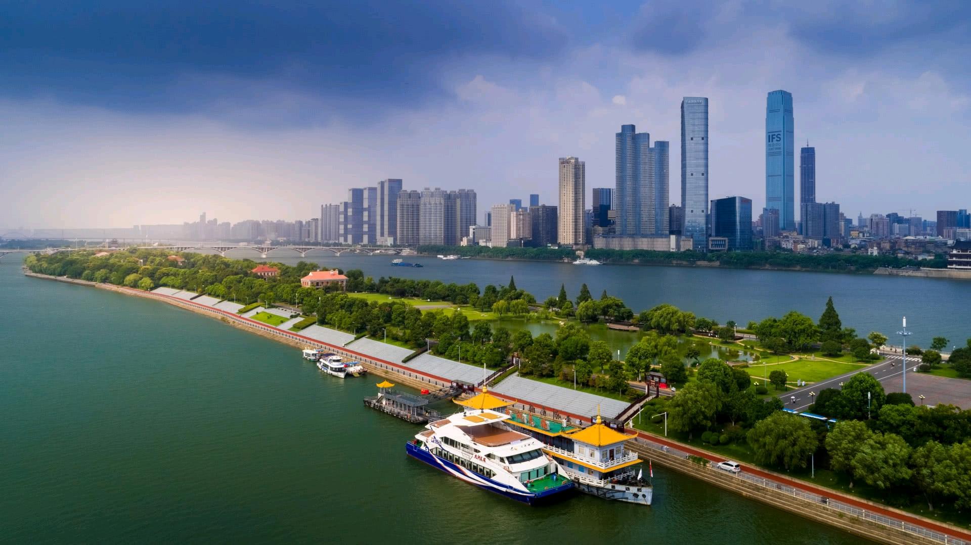 前三季城市gdp50强宁波_前三季度中国GDP前50强城市对比 深圳第3 西安第20 南昌第40 惠
