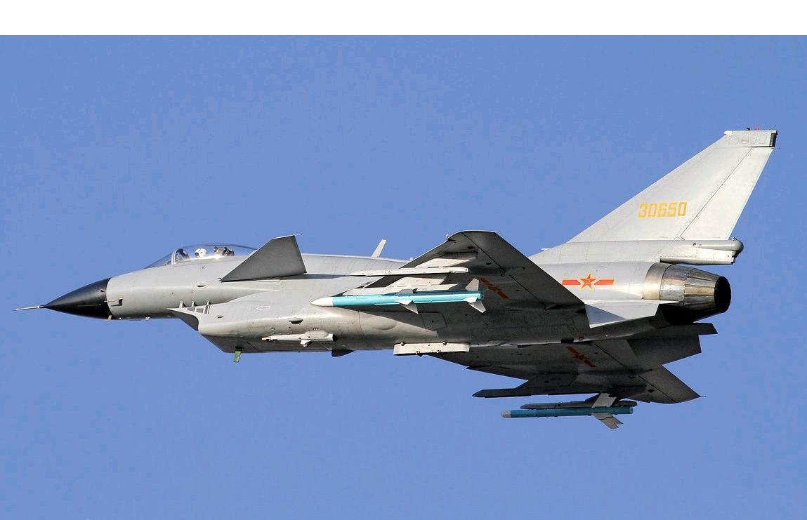 2马赫,鸭式布局带来了高度的机动性,歼10装备的雷达可以支持其使用图片