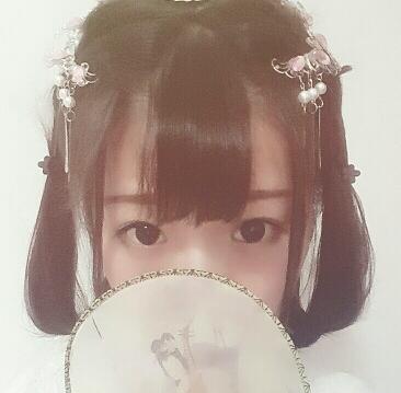 【发型教程】无刘海也可以适用的软妹风简单编