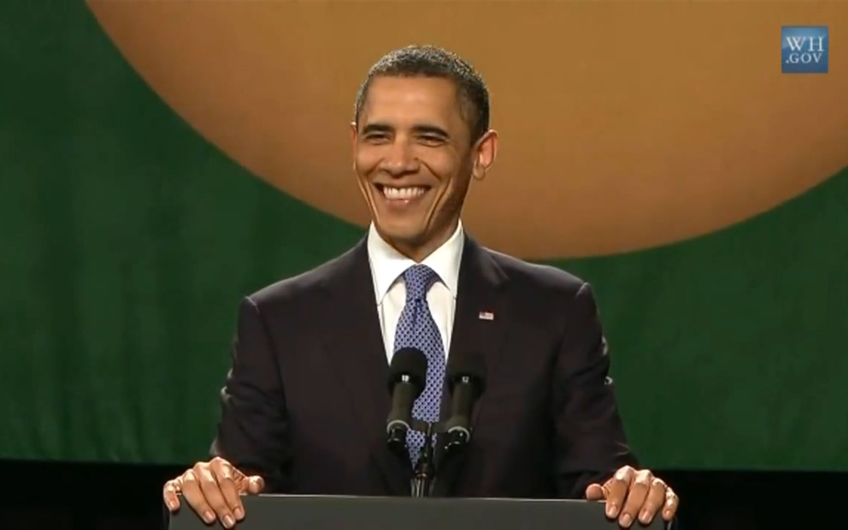 奥巴马帅气头像_【神剪辑】奥巴马演唱会 美国总统你怎么这么可爱-爱哔哩(B站 ...