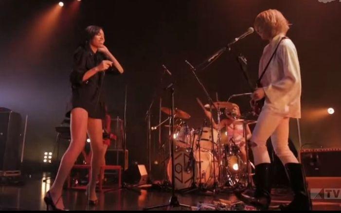 女王蜂乐队_【女王蜂乐队·live】金星