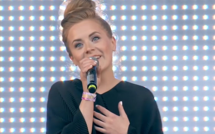 【Iselin Solheim】Sing me to sleep + Faded (Live@VG-Lista ...