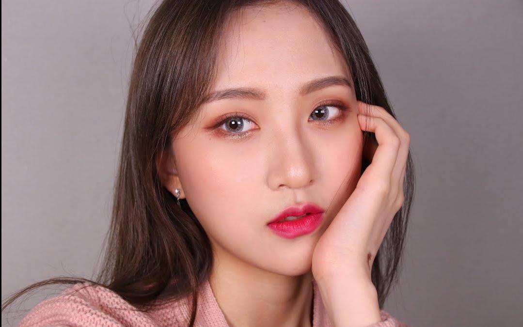 大学生美妆大赛_【韩国美妆】和女大学生一起彩妆开箱准备妆容吧 韩语