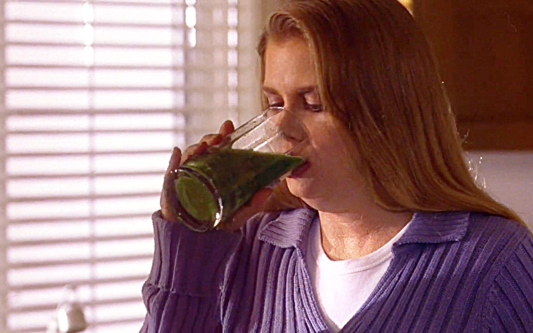 胖女孩喝下神奇蔬菜汁,一夜减重30斤,却不知恐怖的事要发生了