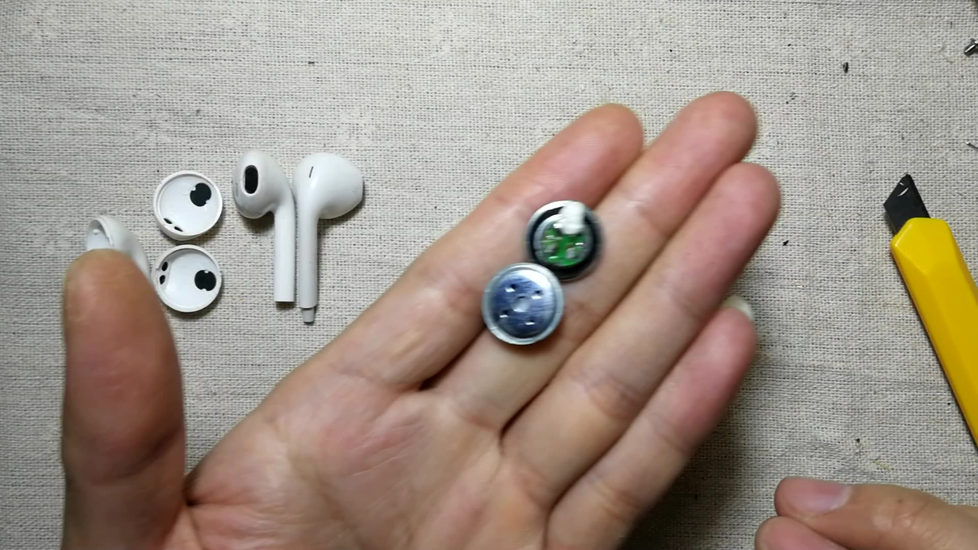 苹果5能换壳吗_各种版本苹果耳机拆解,看完你还敢乱买吗_哔哩哔哩 (゜-゜)つロ ...