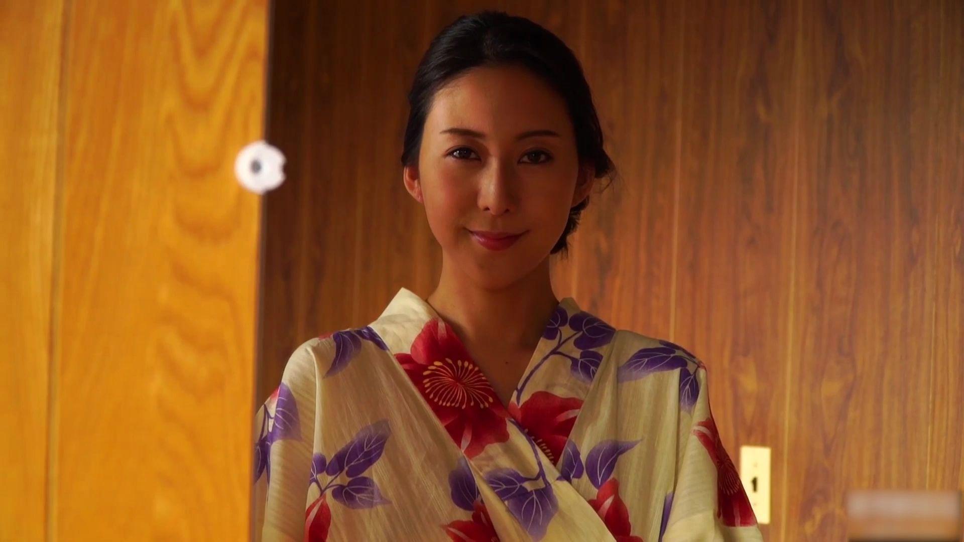 【写真】气质熟女松下纱荣子