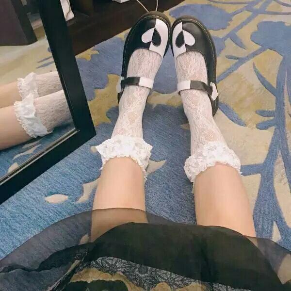 我爱学姐色_象学姐 独家设计秋新品方头复古多穿法中跟lo单鞋爱心芭蕾鞋  158r
