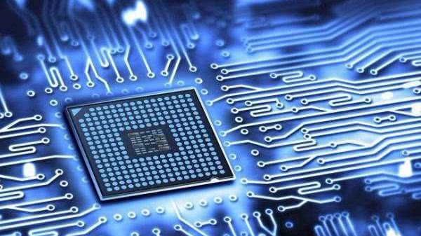 任正非:在核心的网络服务上,我们已经可以替代别人的芯片
