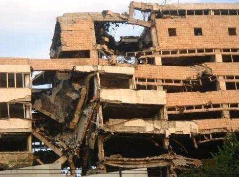 当年北约为什么要轰炸中国大使馆?