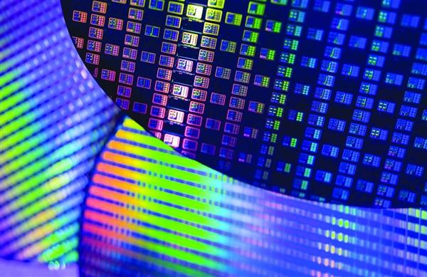 量子计算机时代还有多远?IBM说只要三五年
