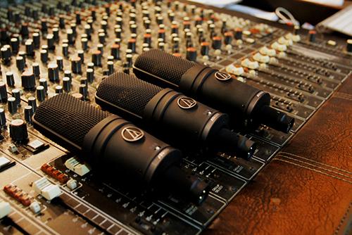 配音需要的软件-木屋配音www.moowo.com