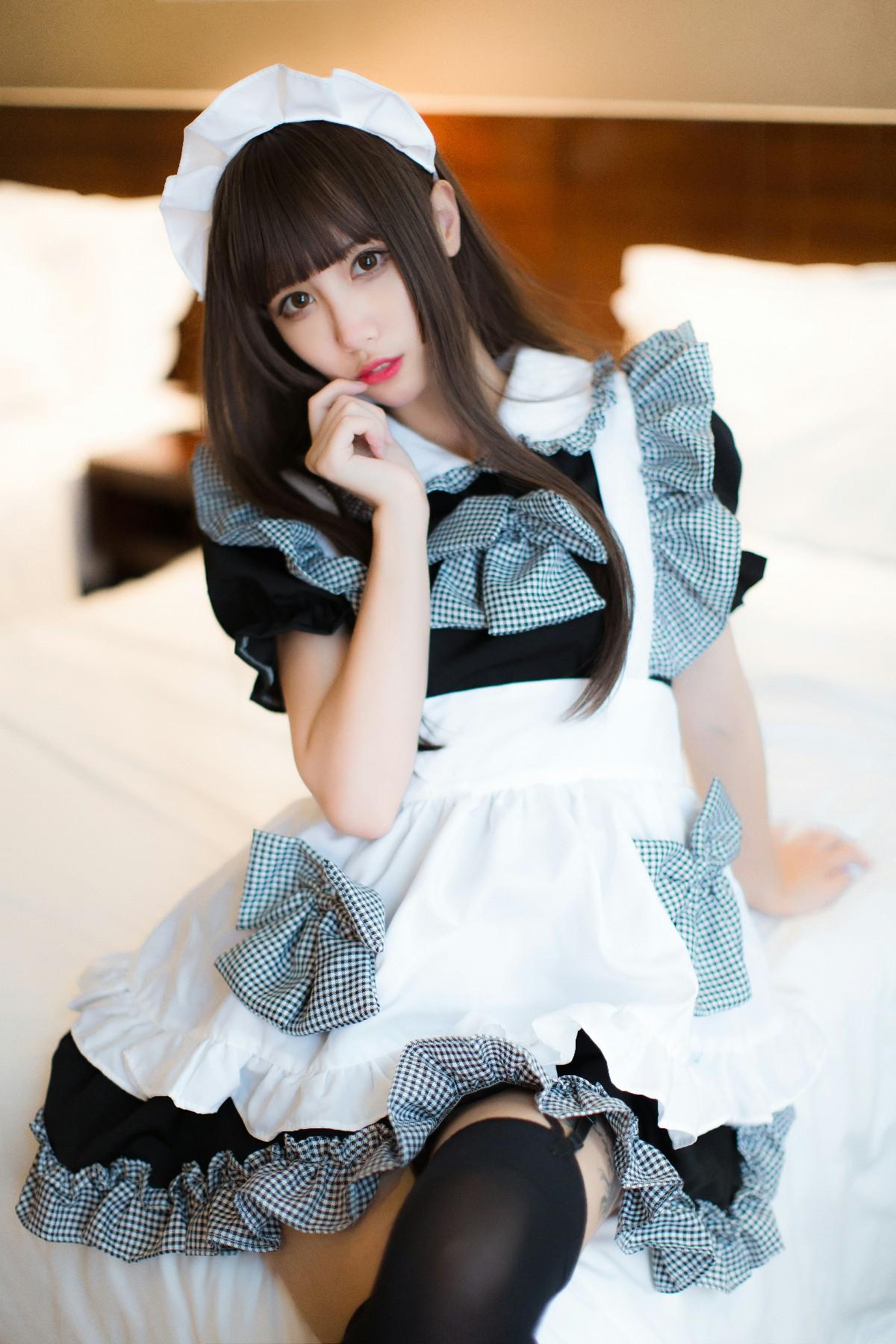 制服�y��zj��i�_【维池i】这么高冷可爱~女仆装xjk制服 你觉得那个更好看呢?